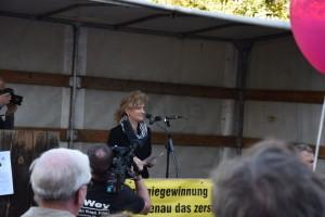 Ministierin für Infrastruktur und Landwirtschaft Birgit Keller (Linke)
